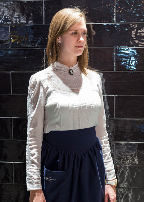 field-grey-uniform-apron-blouse-brooch-staff-pennethornes-somersethouse-compassgroup