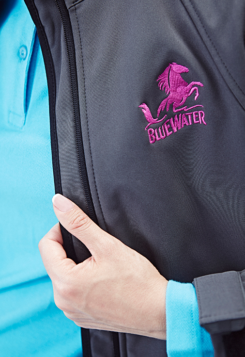 female-outerwear-embroidery-maintenance-bluewater-23red